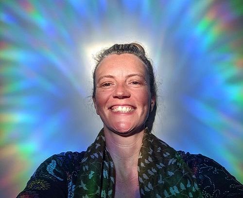 Healing Light Therapist Kelly Kennedy 500x350